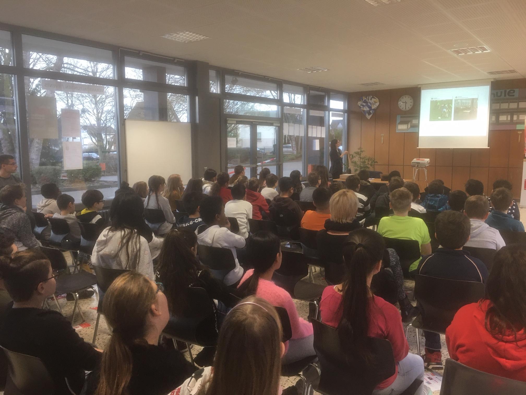 Medienkompetenz auf dem Stundenplan in der Robert-Krups-Schule